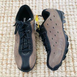 Women's Shimano MT 22 bike shoes / cycling shoes